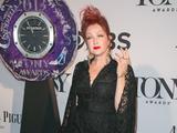 Cyndi Lauper rejoint le Hollywood Walk of...
