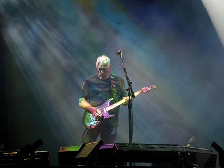 David Gilmour joue les guest stars