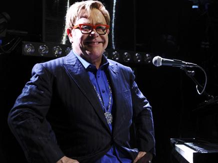 Elton John : confidences sur son album anniversaire !